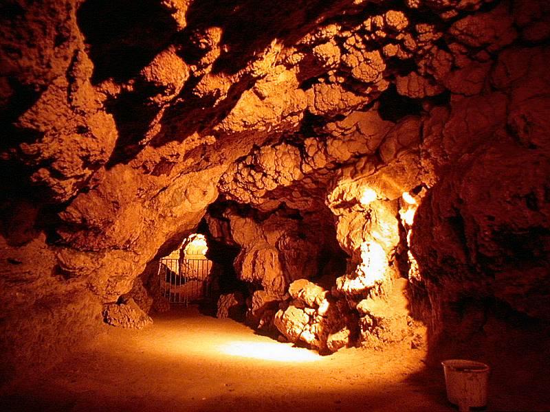 Show Caves of Germany: Olgahöhle